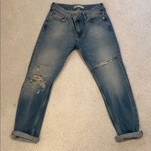 Zara Boyfriend Jeans-lighter wash